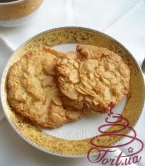 Almond meringues with dried peel of lemon, 15 g