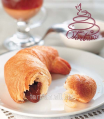 Croissant with chocolate, 90 g