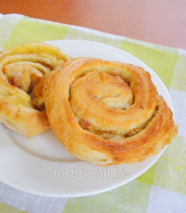 Puff pastries 'Snail with raisin and cream', 110