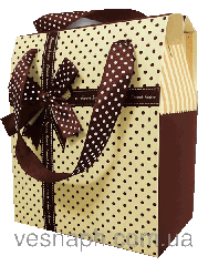 Подарочная картонная сумочка