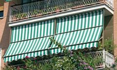Вертикальная маркиза с направляющими, балконная