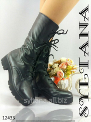 Ladies boots with fur code 12433