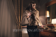Fur coat mink with lynx