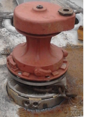 Anchor capstan and windlass