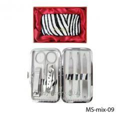 Маникюрный набор в подарочной упаковке. MS-mix-09