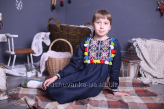 Children's dresses embroidered