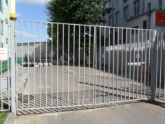 Production and installation of metal gate, fences