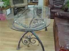 Стол кованый в наличии