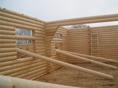 Domy drewniane z rundy belka mechanicznie