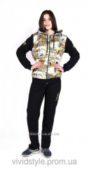 Fashionable women's sports suit of the big
