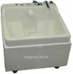 Vortex medical bathtub of AQUAPEDIS