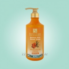 The moisturizing shower cream gel with oil of a