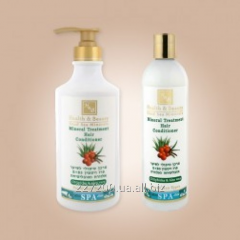 Hair conditioner with minerals of the Dead Sea