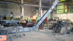 Scraper conveyors for production of concrete,