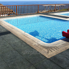 Antiskid rubber covering for pools