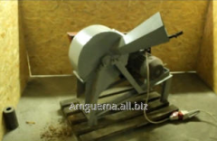 Wood chipbreaker, for crushing of branches