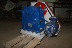 Jaw crushers for crushing of ores, mineral