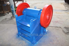 The jaw crusher for crushing of ores, mineral