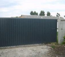 Gate from metal