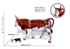 Фигура быка в натуральную величину из