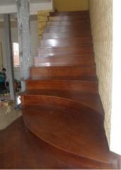 Лестницы из натурального дерева , Харьков ,