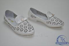 Туфли для девочки Happy Keni цвет белый кожаные