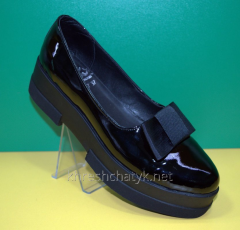 Women's shoes on the Olli 1453 platform