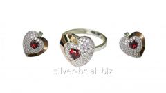 Ring and earrings in the form of heart with a