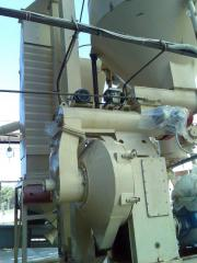 We offer spare parts to press granulators,