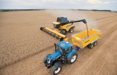 New Holland CR 8070 combine