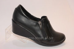 Black shoes T 23