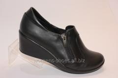 Black shoes T 23