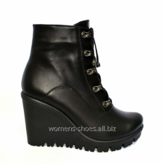 Black B 20 boots