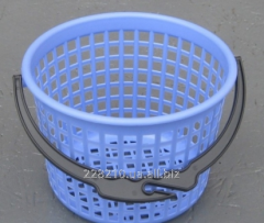 Basket for clothespegs