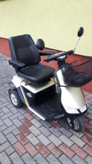 The electroscooter for disabled people and pozhily