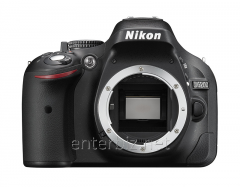 Nikon D5200 Body Black SLR camera (VBA350AE)