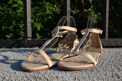Beige women's sandals deva Art model: