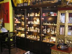 Furniture for shops, show-windows, racks, counters