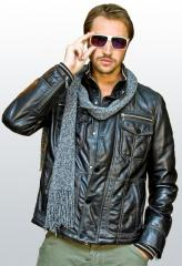 Jacket man's extended from genuine leather