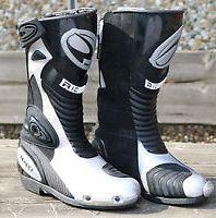 Boots road Richa Speedmaster