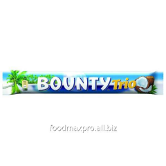 Bounty Trio bar with pulp of a coco in milk