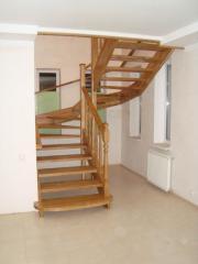 Лестницы из натурального дерева дуб