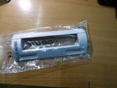Ручка пластмассовая универсальная крепление от 85