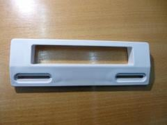 Ручка пластмассовая универсальная крепление от 113