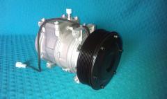 Compressor of the conditioner 10PA17C John Deere