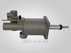Amplifier of the drive of coupling hydropneumatic