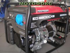 HONDA generator of 5 kW. EG 5500 CXS. Power plants are different.