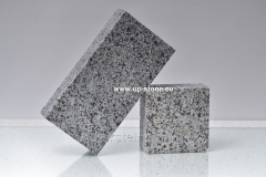 Polnopilenny stone blocks 20kh10kh3sm from gray