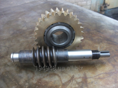 Worm a reducer, a wheel to agricultural equipmen