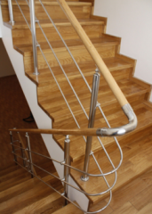 Handrail from a tree and stainless steel